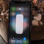 Activar y desactivar el brillo automático en iOS 14
